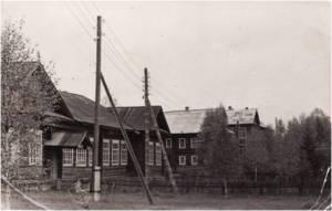 Здание бывшей колхозной конторы